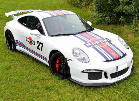 Porsche GT3 weiß mit Martini Design