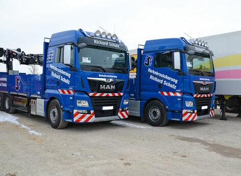 Warnmarkierungen für LKWs