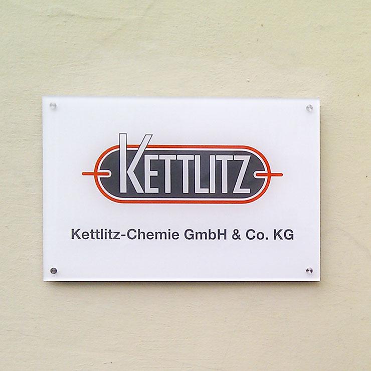 Firmenschild aus Plexiglas