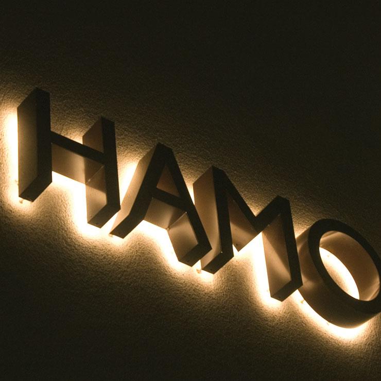 Leuchtbuchstaben für Fassade