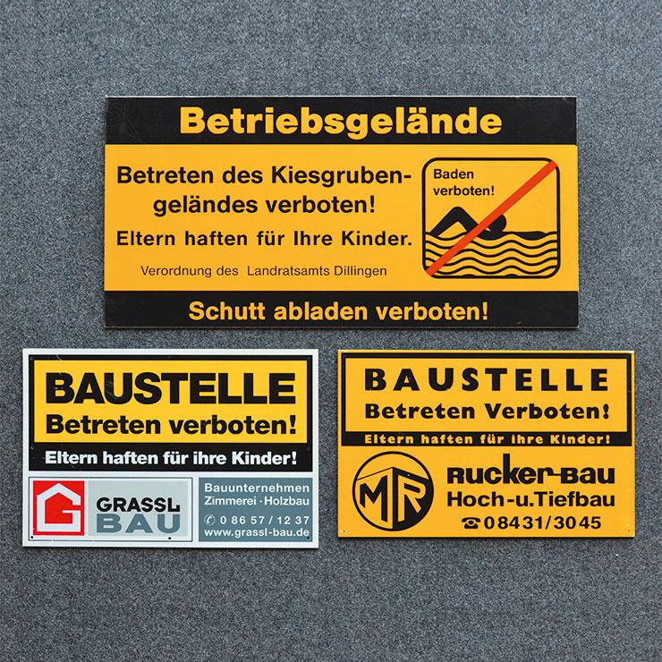 Baustellen-Hinweisschilder