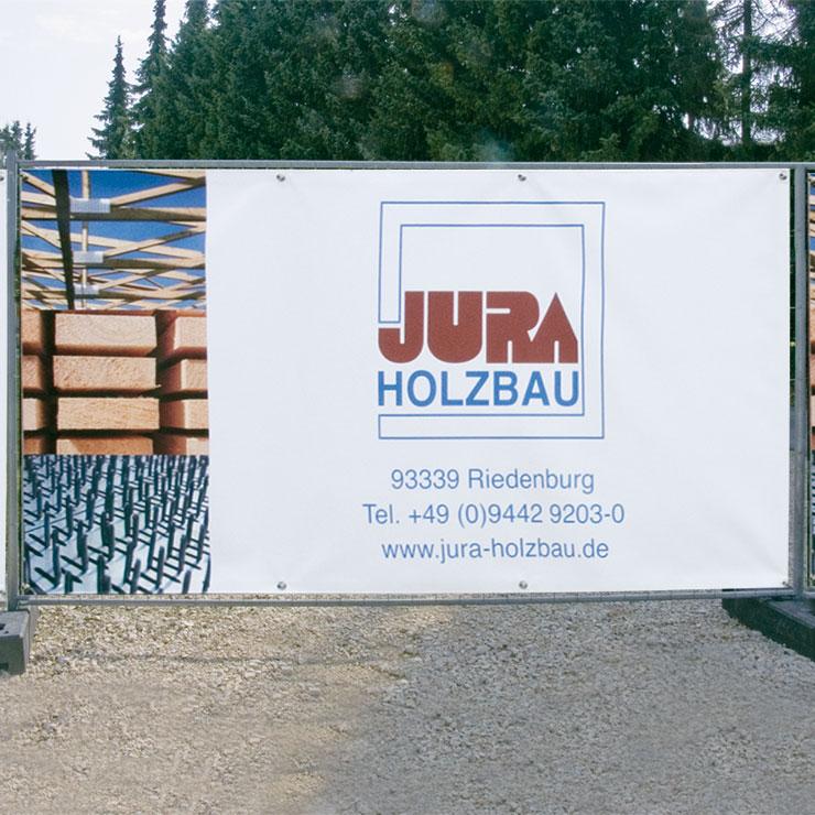 Klassische Bauzaun-Werbung