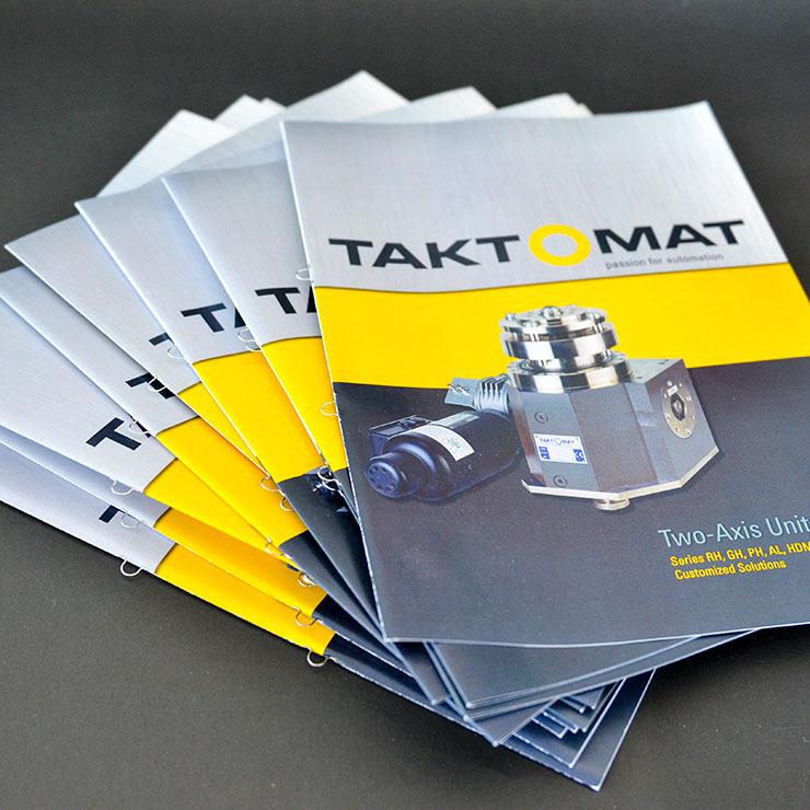 Broschüren mit Ringöse produziert im Offsetdruck