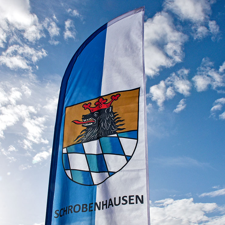 Beachflag mit Stadtwappen als attraktiver Blickfang