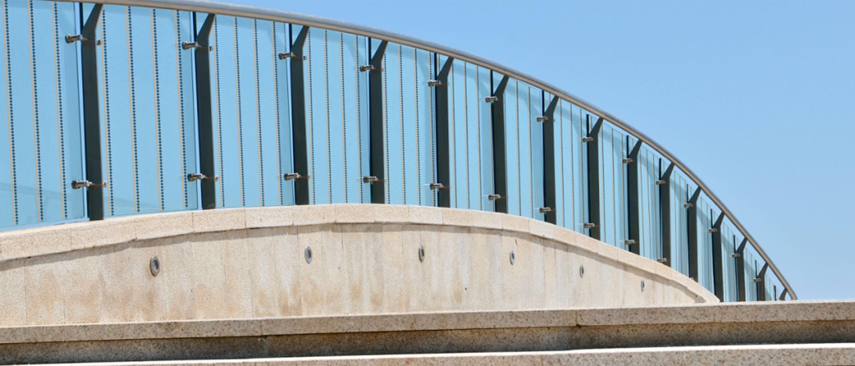 Fensterfolie zum Schutz vor Vogelflug für Glasflächen